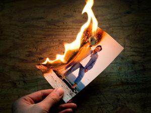 Không được đốt các loại ảnh